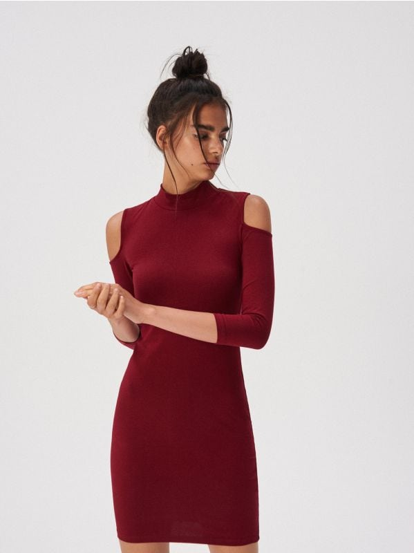 68e91bd0958 Ruuduline kleit · Liibuv kõrge kaelusega kleit - veinipunane - UZ476-83X -  SINSAY