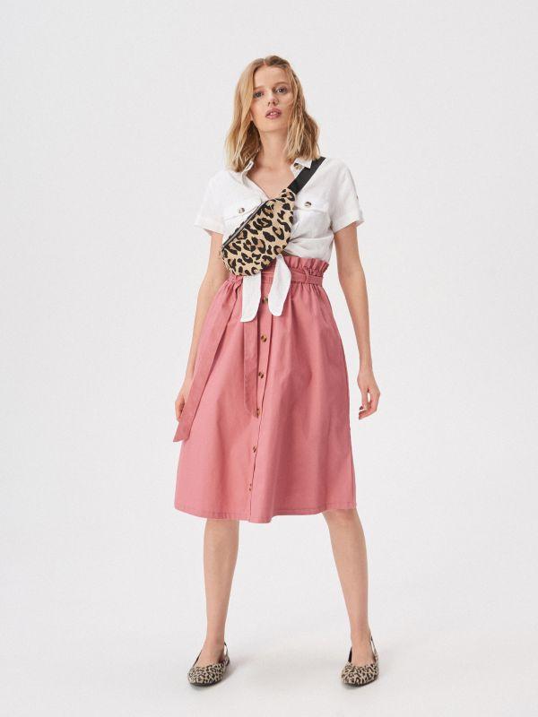 283d0d424aaf Rifľová sukňa s nášivkami · Áčková sukňa s gombíkmi vpredu - ružová -  VF655-39X - SINSAY