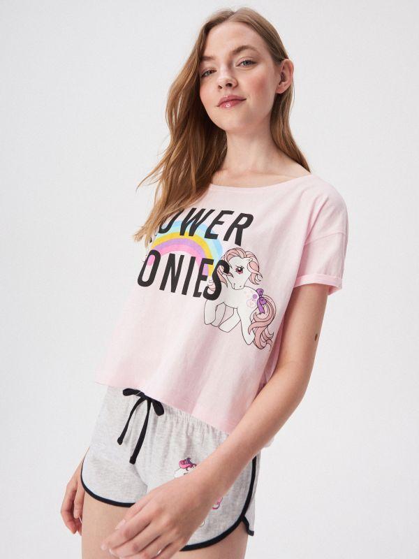 43933467714a Jednodielne pyžamo na tenké ramienka · Dvojdielne pyžamo s potlačou s  motívom poníka - ružová - VO057-03X - SINSAY