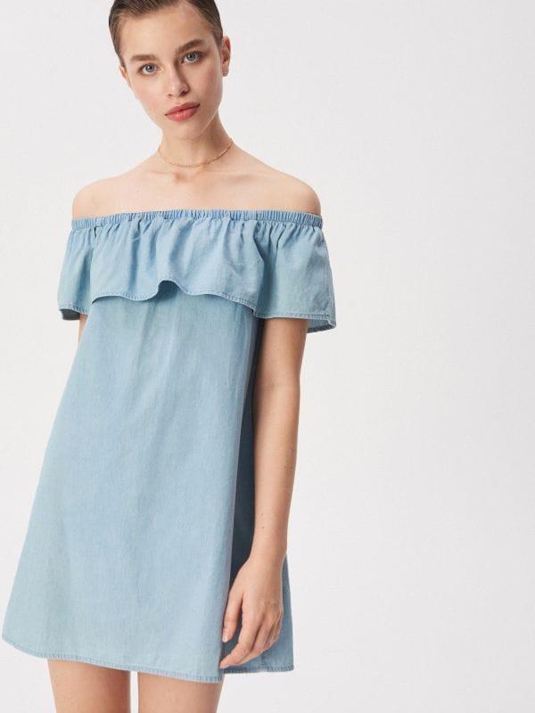 35d4a60fdcca Overal s výstrihom na chrbte · Denimové šaty španielskeho strihu - modrá -  VV750-05J - SINSAY